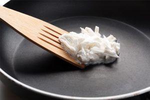 Aceite de coco para cocinar.